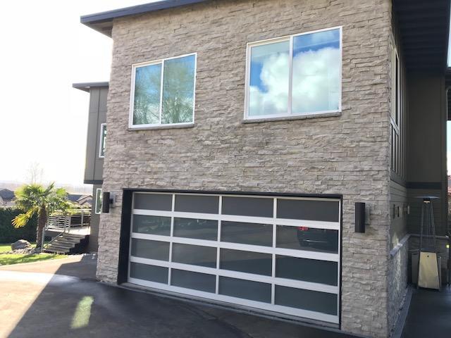 New Garage Door and New Windows in Vancouver, WA